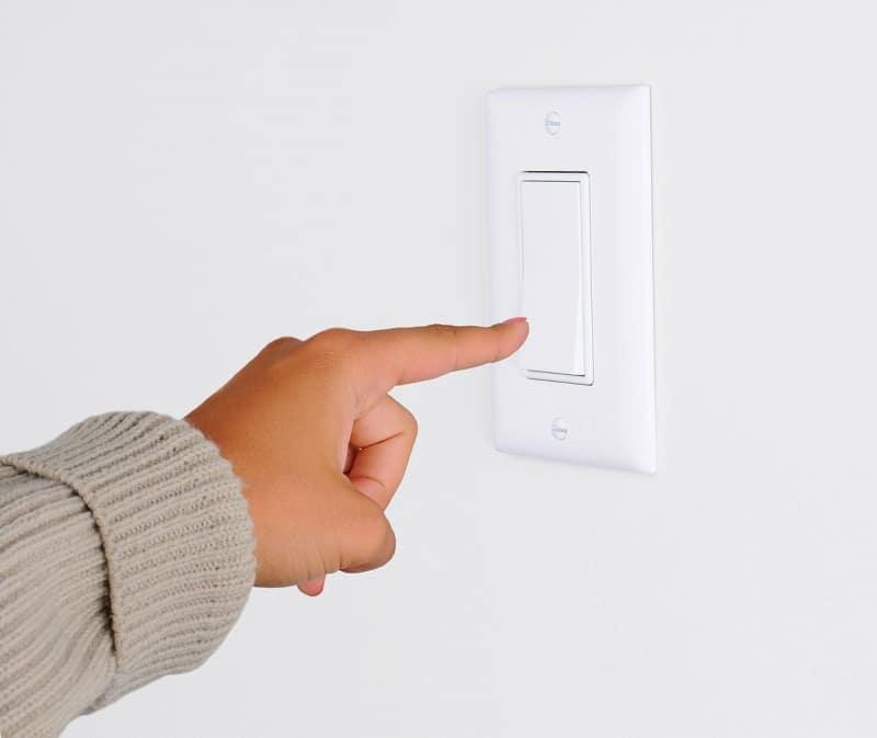 Installation interrupteur électrique – Ecublens